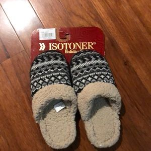 Isotoners slippers